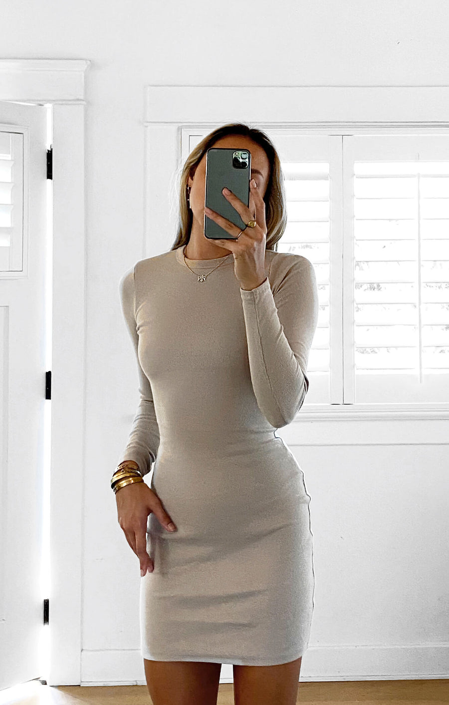 THE RIBBED LONG SLEEVE DRESS - STONE
