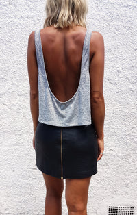 THE LOW BACK CROP - GREY