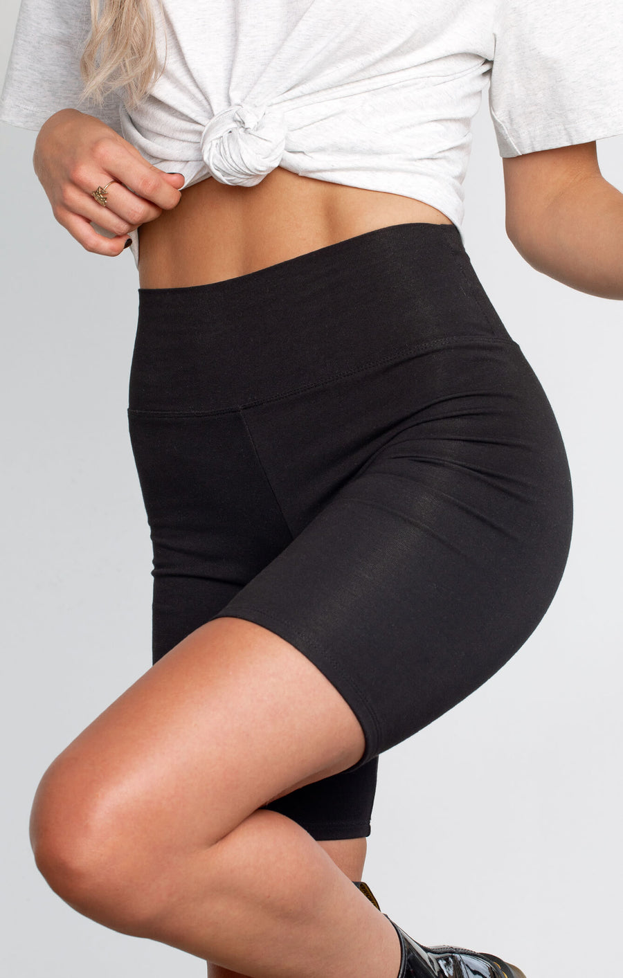 THE EVERYDAY BIKE SHORTS - BLACK