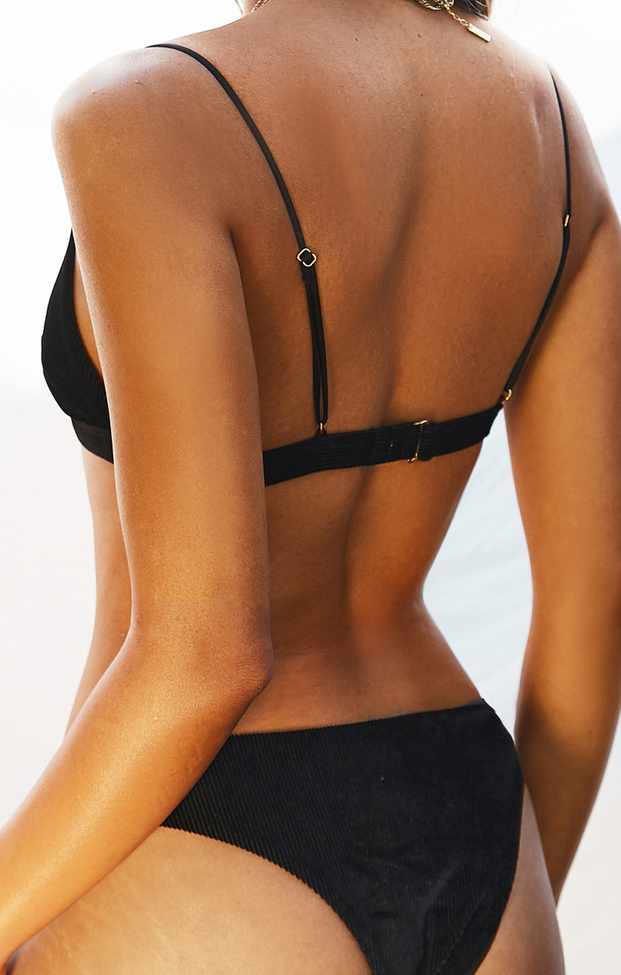 THE BRAZILIAN BOTTOMS - BLACK RIBBED VELVET