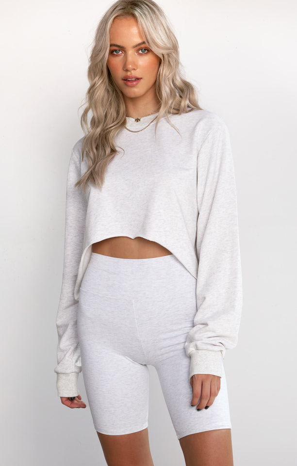 THE CROPPED SWEATER - ICE GREY