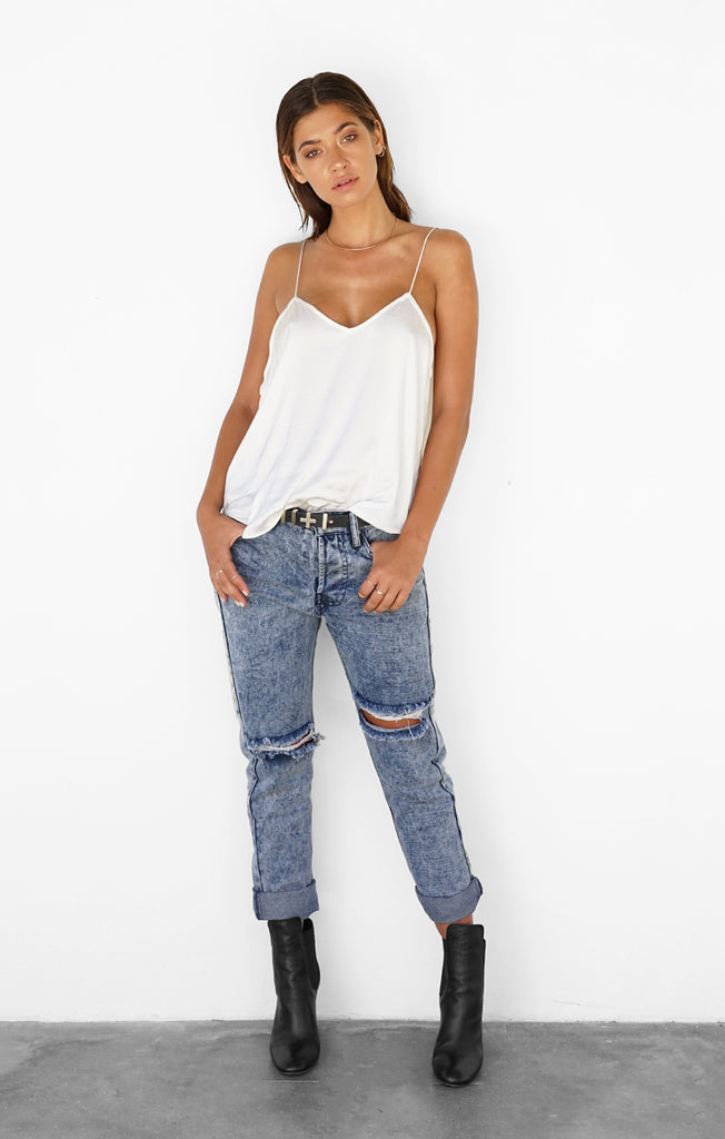 THE LOW RIDER BOYFRIEND JEANS