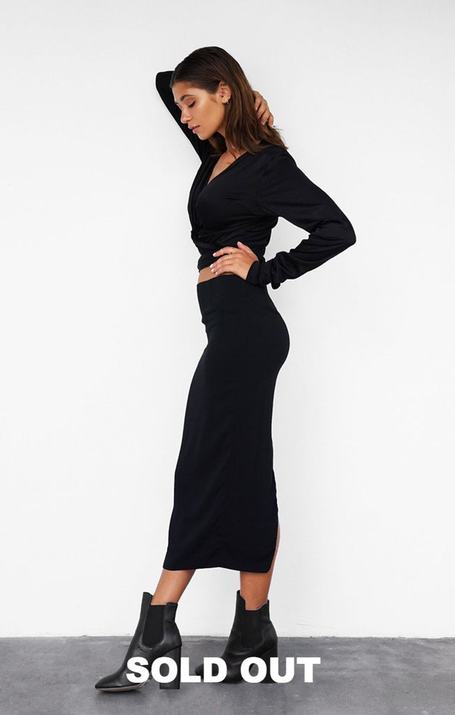 THE CLASSIC SKIRT - BLACK