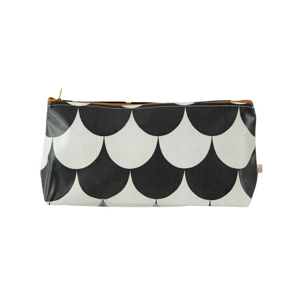 Pencil Case . Napoli . Black Scales