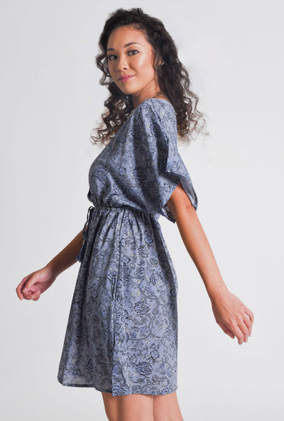 Model wears Aanya Hasina Midi Dress in Blue, available on ZERRIN