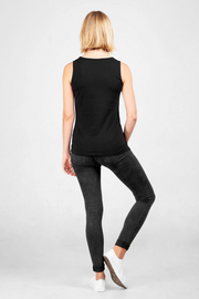 Back view of Dorsu fitted tank top in black, available on ZERRIN