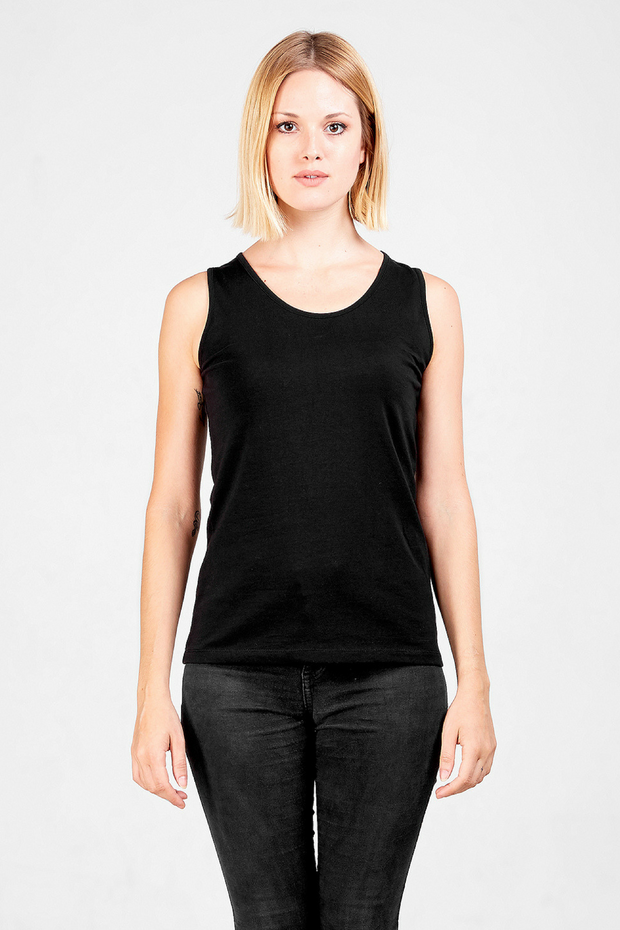 Front view of Dorsu fitted tank top in black, available on ZERRIN