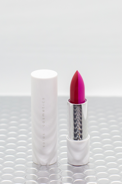 Vegan dual lipsticks in Berry Bomb x Fiery Fuschia by Solos Cosmetics, available on ZERRIN