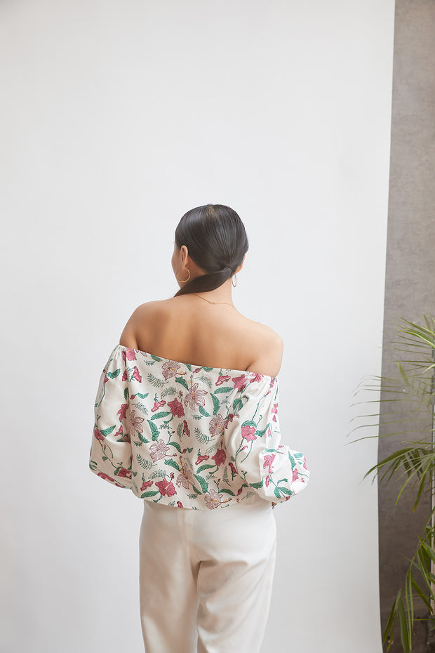 Sui Hibiscusy Off-The-Shoulder Top