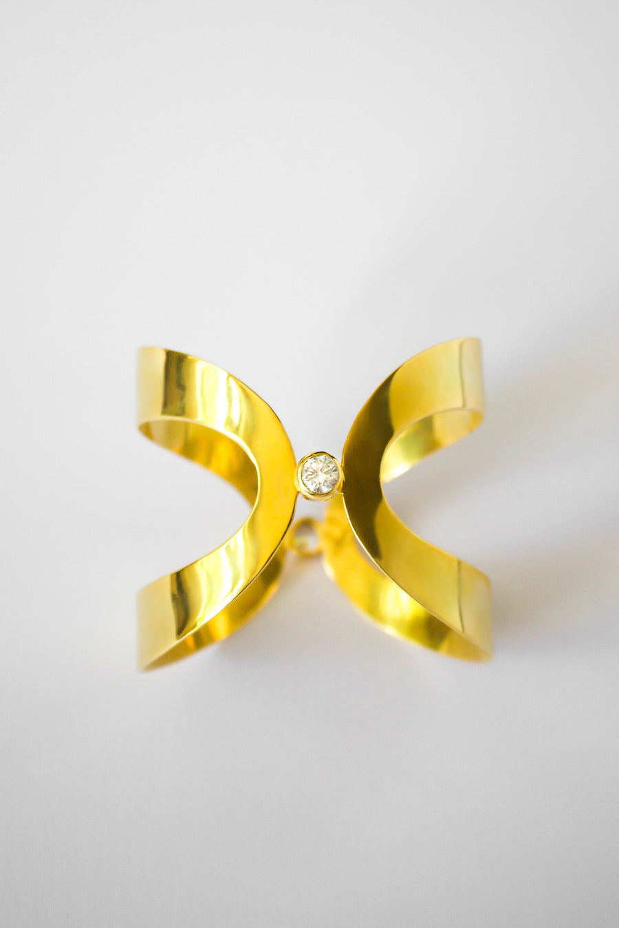 Osiris cuff by Emi & Eve, available on ZERRIN