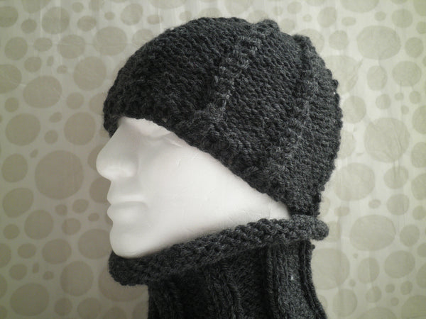 LORCAN Mans Handknit Woolen Charcoal Grey Cable Beanie