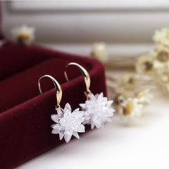 Crystal Flower High Quality Dangle Design Elegant Earrings for Women
