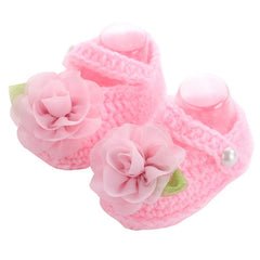 Handmade Knitted Flower Pattern Shoes for Baby Girls