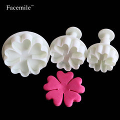 Five leaves Heart Cake Decorating 3Pcs Mini Cake Mold Cutter