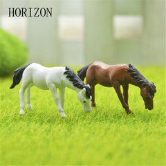2PCs/set Horse family pack Simulation model Animals kids toys Mini Resin Figurines Decoration