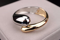 18K Gold / Platinum Plated Alloy Bracelet / Bangle For Women