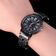 Retro Bracelet Women Watches Ladies Luxury Rhinestone Quartz Watch