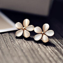 Cute Korean Style Flower Design Fashion Earrings For Women