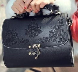 Witch Lacquer Box with Carve Patterns Top handle Bag for Women