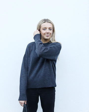 Cashmere Crop | Charcoal