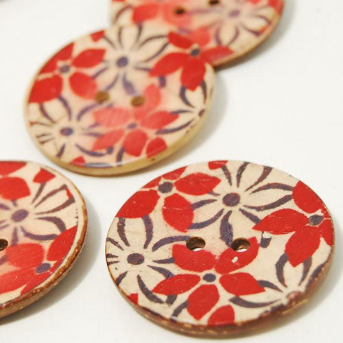 Red Flowers Coconut Button 4cm - set of 2