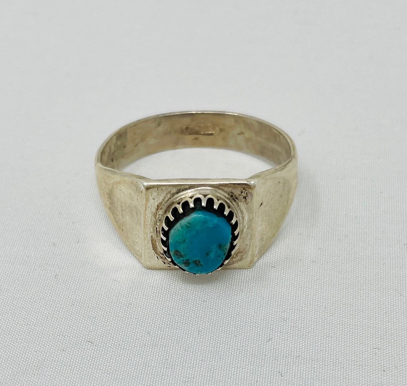 Sterling Silver Ring w Turquoise Stone