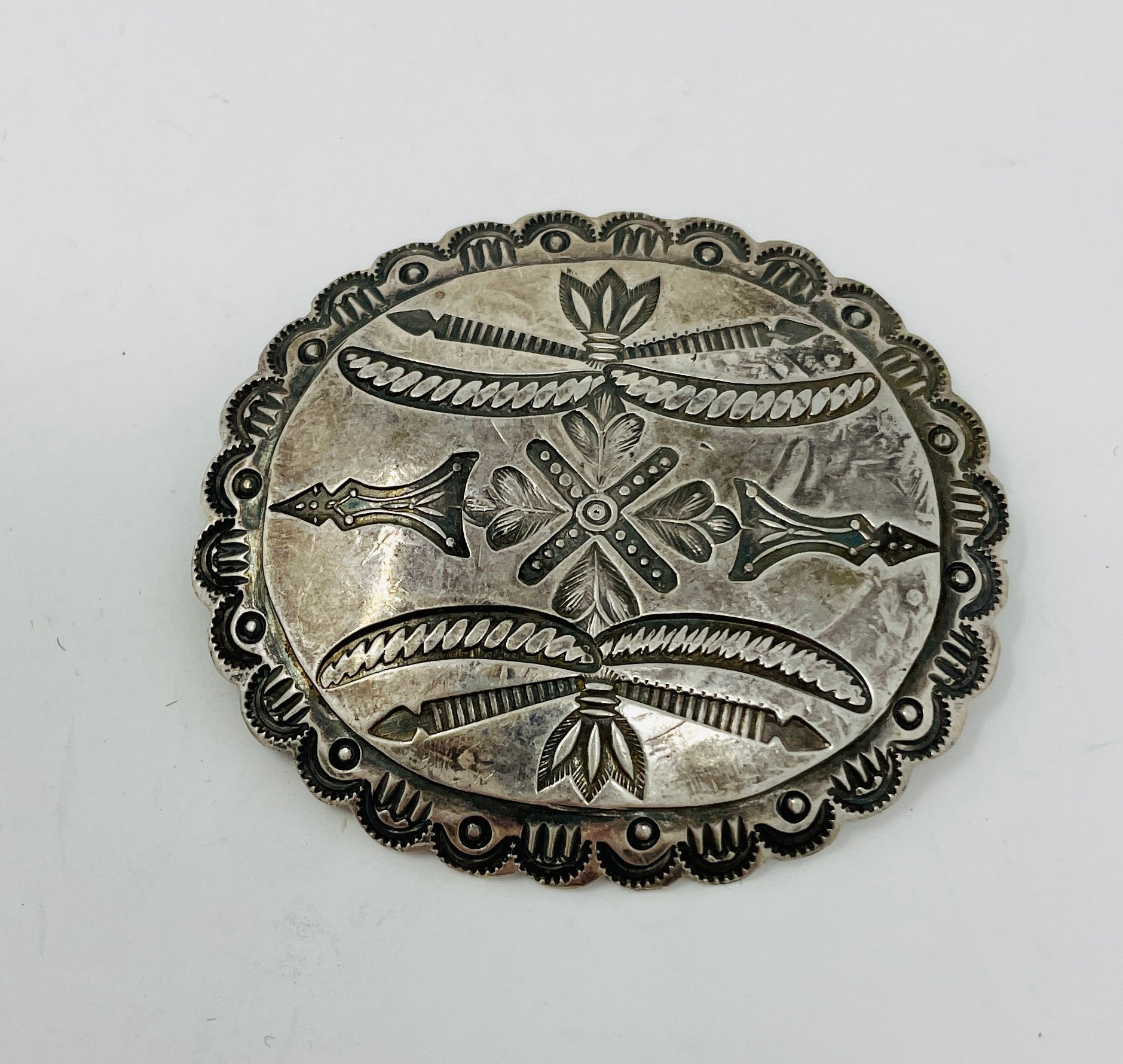 Fred Harvey Era Scalloped Pin w Intricate Stamp Word