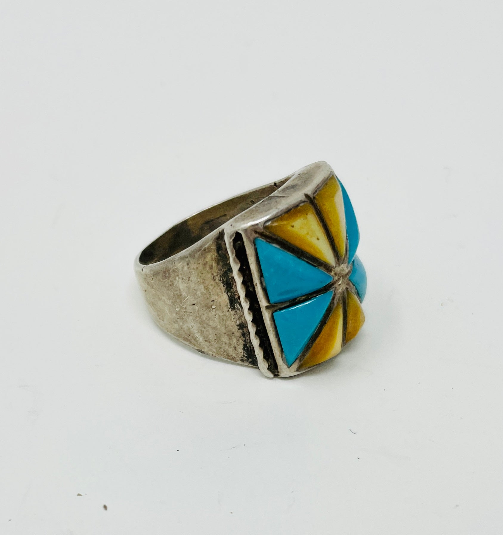 Silver Ring with inlay - square