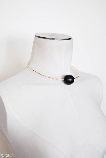 Sleek Circular Choker