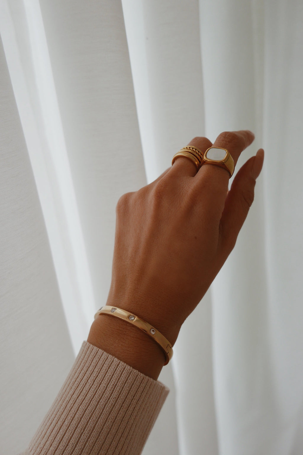Amata Cuff - Boutique Minimaliste