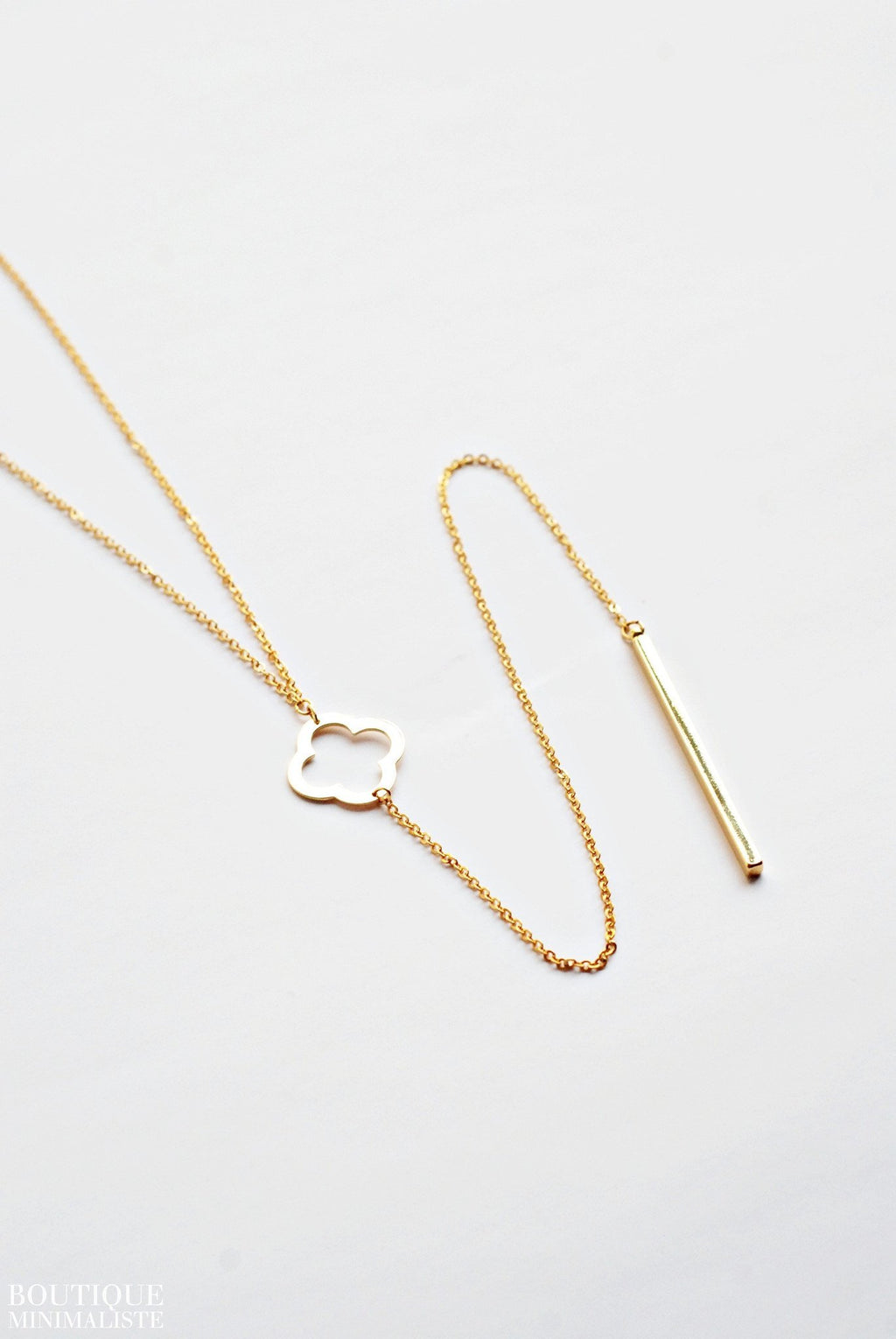 Clover Lariat Necklace - Boutique Minimaliste
