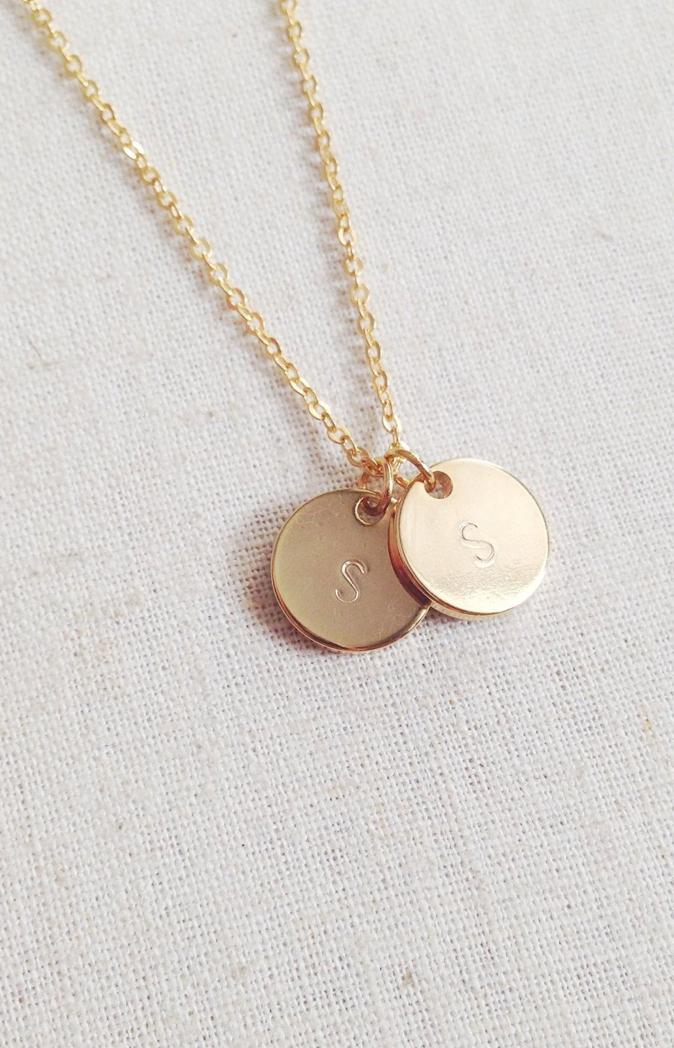 Initial tag necklace - Boutique Minimaliste