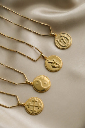 Lucky Seven Necklace - Boutique Minimaliste