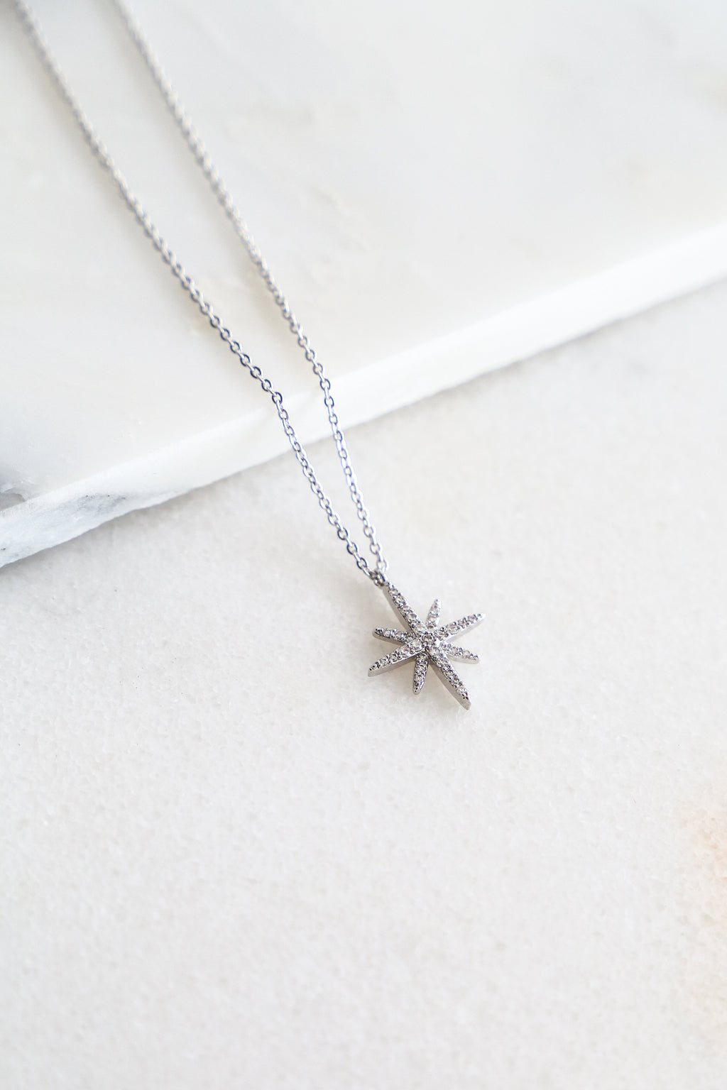 North Star Necklace - Boutique Minimaliste