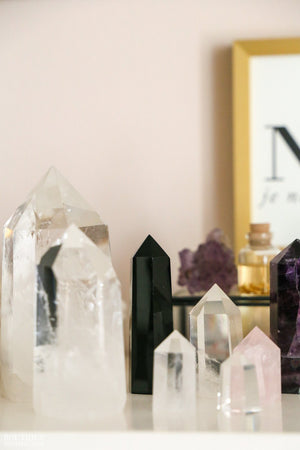 Quartz Crystal Point - Boutique Minimaliste