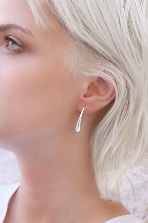 Sophie Minimal Earrings - Boutique Minimaliste