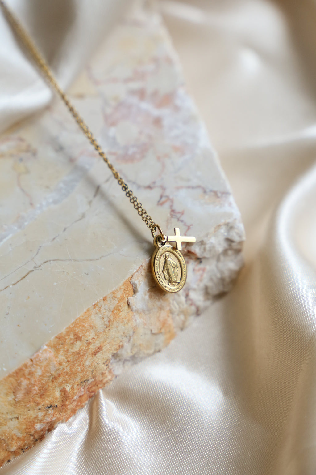 Virgin Mary Cross Necklace - Boutique Minimaliste