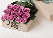 Mother's Day 12 Mauve Roses Gift Box