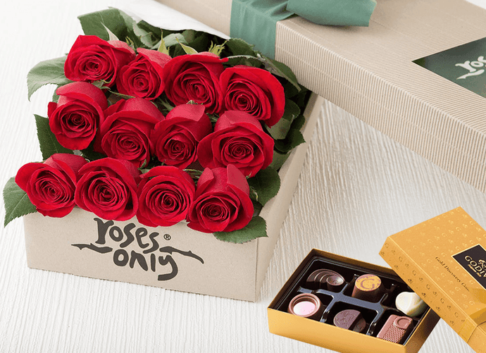 12 Red Roses Gift Box & Chocolates