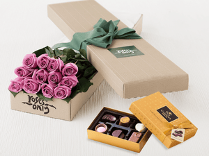 12 Mauve Roses Gift Box & Chocolates