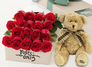 18 RED ROSES Valentines Gift Box & TEDDY BEAR