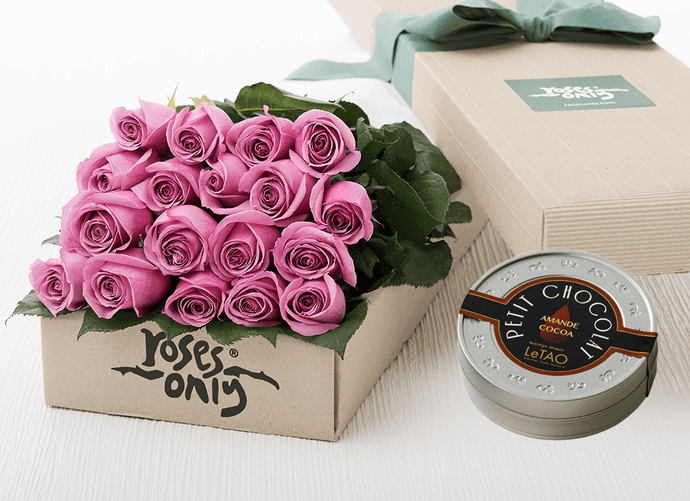 Mother's Day 18 Mauve Roses Gift Box & Chocolates
