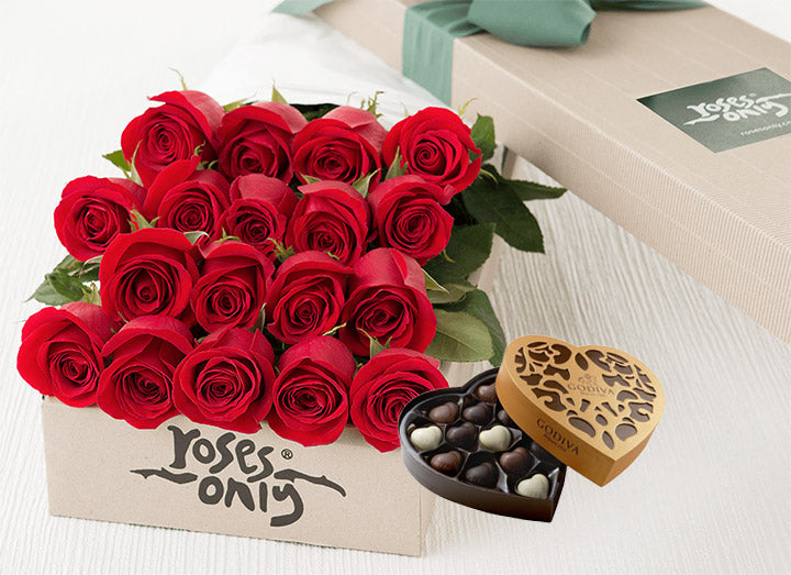 18 Red Roses Gift Box & Chocolates