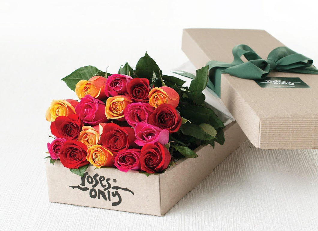 18 Bright Mixed Roses Gift Box