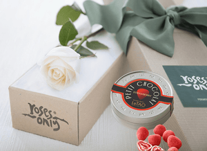 Single White Cream Rose Gift Box & Chocolates