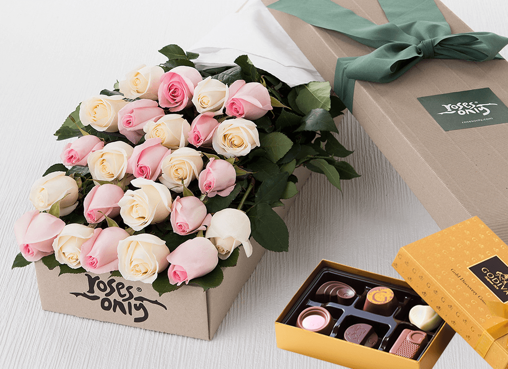 Mother's Day 24 Pastel Mixed Roses Gift Box