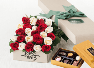 Mother's Day 24 Mixed Red & White Roses Gift Box