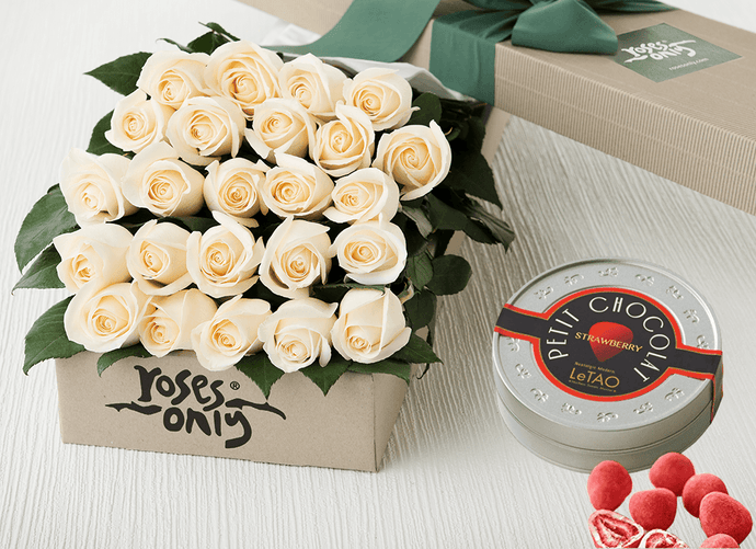 White Cream Roses Gift Box 24 & Chocolates
