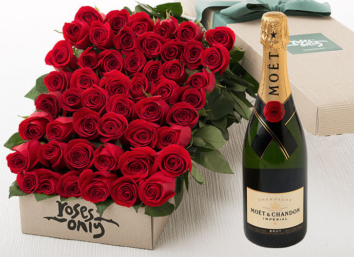 Red Roses Gift Box 50 & Champagne