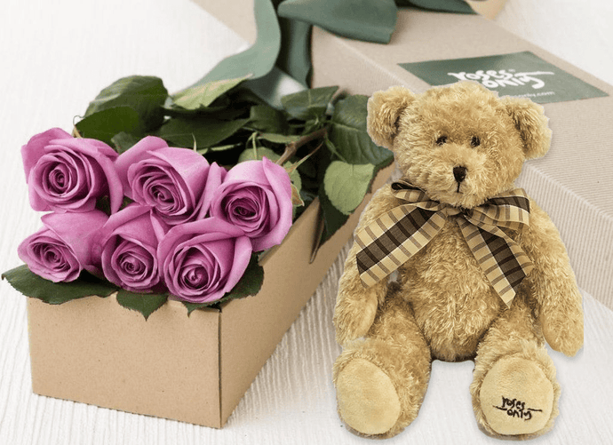 6 Mauve Roses Gift Box & Teddy Bear